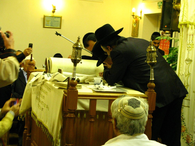 Ecriture Rav Lasry, Hakhnassat Sefer Torah avec Rav Yossef Sitruk, Beth haketiva